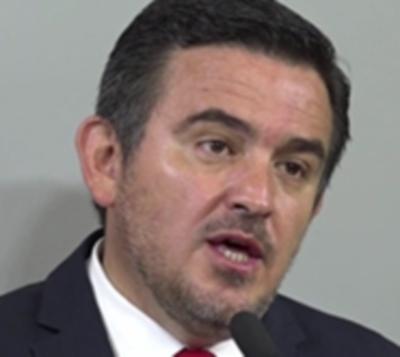 ¿Crisis en Añetete? Duro tweet de ministro contra senador