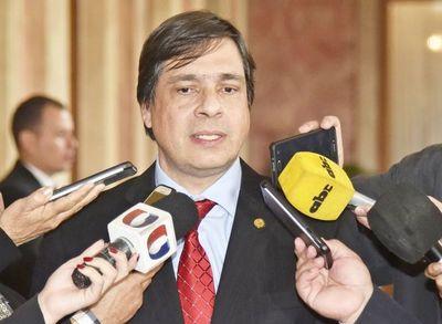 Vicente Bataglia asume en el  Consejo del IPS