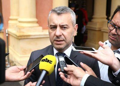 Asesor de la Presidencia afirma que, por fin, hoy se anunciarían cambios en el gabinete ante crisis política y económica