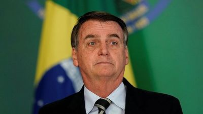 Bolsonaro cedió ante presión global y ordenó a ministros adoptar medidas para combatir los incendios en el Amazonas