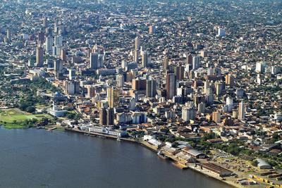 La clase media abarca la mitad de Asunción