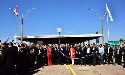 Paraguay y Argentina habilitan paso fronterizo sobre la represa Yacyretá