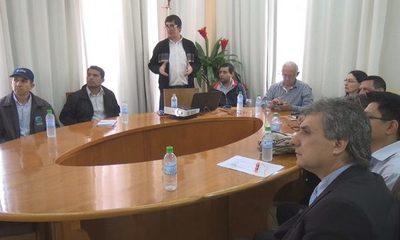Presentan proyecto de agua  potable en Franco