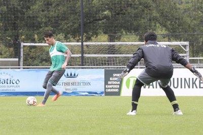 Hernán Pérez debutó con un golazo en el Al-Ahli Doha