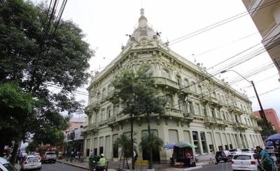 HOY / Hacienda reporta crecimiento de inversiones privadas
