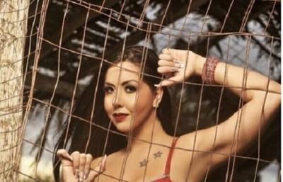 Liza Dos Santos afirma que las morenas son más exquisitas