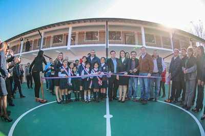 Mario Abdo inaugura nueva infraestrucura en colegio de Ayolas