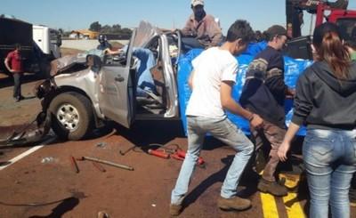 Conductor se salva tras brutal accidente en Naranjal