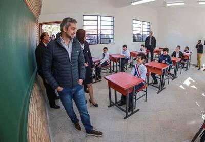 """Abdo alabó que almuerzo escolar se dé 100% en Misiones y aplica """"modo avión"""" a la guerra Petta vs Beto Ovelar"""