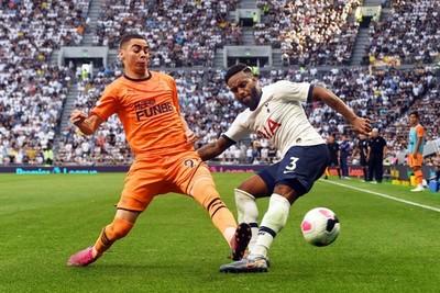 Miguel Almirón celebra primera victoria del Newcastle