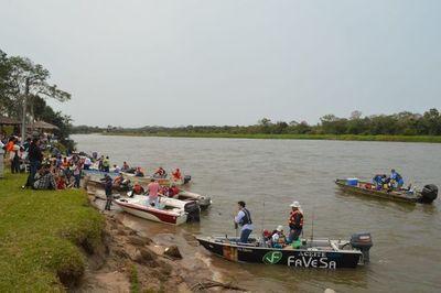 Exitosa competencia de pesca en San Pedro