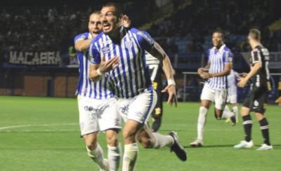 HOY / Richard Franco inaugura su cuenta goleadora en Brasil