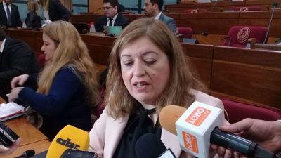 """Sandra Quiñónez considera que """"no está en sus manos"""" desafuero de Cuevas"""