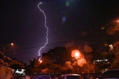 Alerta de lluvias y tormentas eléctricas para Alto Paraguay