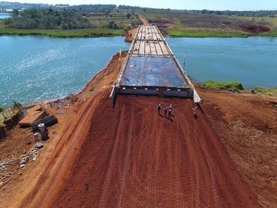 Puente entre Hernandarias y Minga Guazú soportará el paso de bitrenes
