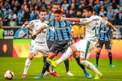 Palmeiras, con ventaja, recibe a Gremio