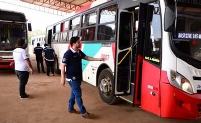 Realizan inspección a vehículos de transporte público