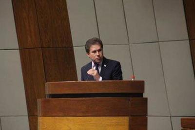 Castiglioni felicitó a Saguier Caballero por acta entreguista y Brasil chantajeó para el acuerdo
