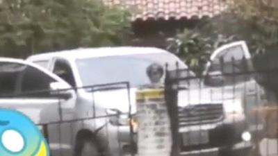 Camioneta chocó contra la casa de Vane Trinidad