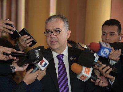 Vinculan a Ullón con empresa brasileña interesada en energía