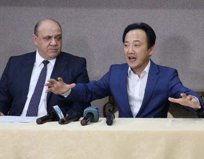 Alegan que gresca coreana en CDE fue en defensa de Kim