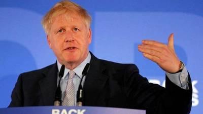 Johnson pide suspender el Parlamento para frenar los intentos de parar un Brexit sin acuerdo