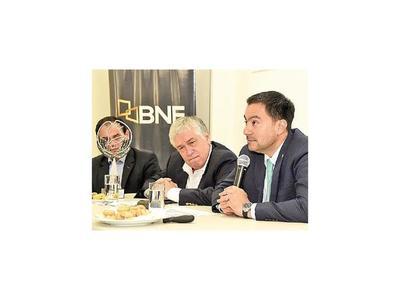 BNF presentó informe de gestión a miembros de la CAP
