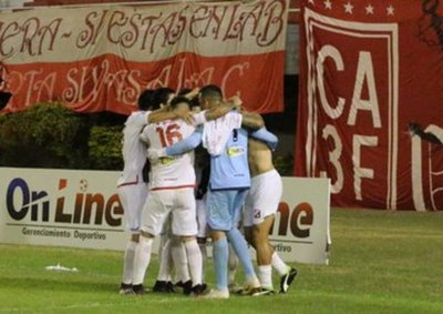 El Kelito avanza a los octavos de final de la Copa Paraguay
