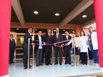 Hospital Acosta Ñu inaugura centro para atender a niños con autismo
