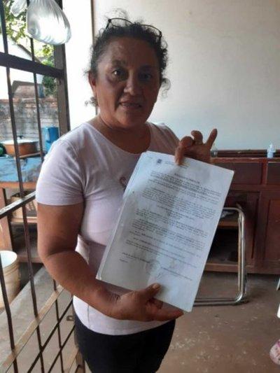 Doña volvió de España y no le devolvieron su casa