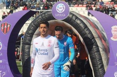 Antony Silva, uno de los mejores de la Superliga