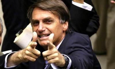 """Bolsonaro contra Macron: """"Brasil no tiene precio"""""""