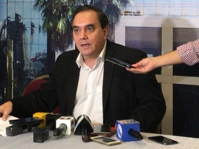 Miguel Marecos a Silvio Piris: 'la educación no se negocia por temas político-partidarios'