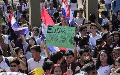 Estudiantes secundarios marchan hoy por el centro de Asunción