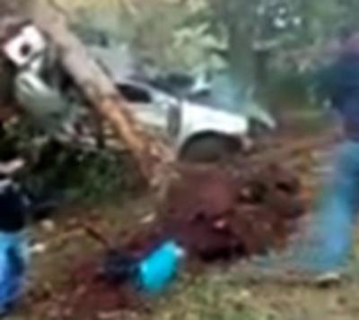 Accidente se lleva la vida de dos personas