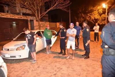 """Once cerristas detenidos tras """"serenata"""" a jugadores de River •"""
