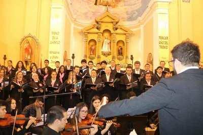 Con un emotivo concierto recordaron los 86 años del Santuario •
