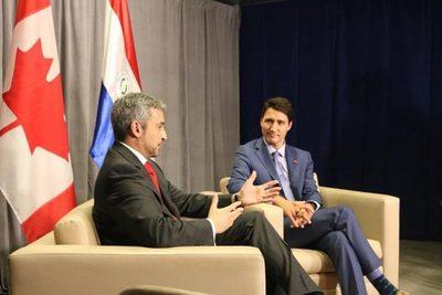 Primer ministro de Canadá y presidente de Paraguay conversan sobre Amazonia
