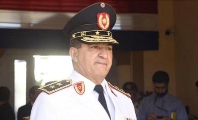 Comandante pide aumento de salario para policías