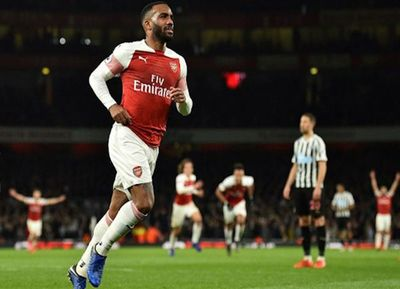 Atrae el derbi Arsenal-Tottenham