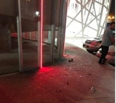 Violentos enlutaron noche de Futsal
