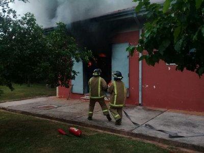Subestacion de Tres Bocas registra principìo de incendio