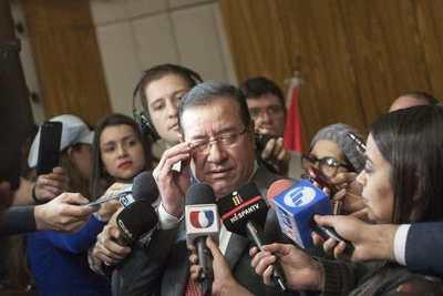 Fiscalía apela decisión de juez de derivar causas de Miguel Cuevas y su hijo a Paraguarí