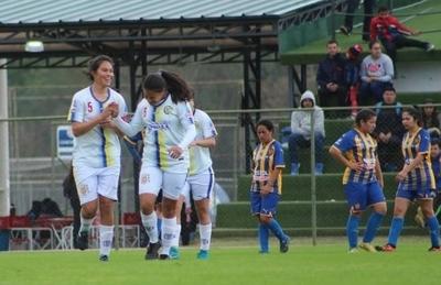 HOY / Tres líderes tiene el fútbol femenino
