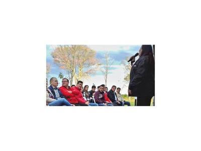 Peña habla de unidad en un acto con diputado imputado