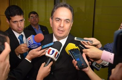 Cartistas insisten en la candidatura de Horacio Cartes para presidir la ANR