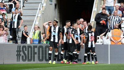Un referente del Newcastle defendió a Miguel Almirón