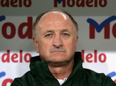 Palmeiras destituyó a Scolari