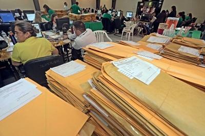 Ministerio evalúa postulantes para servicios de Atención Primaria de la Salud