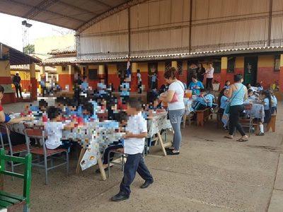 Fonacide: Confirmaron miserable manera de dar almuerzo escolar
